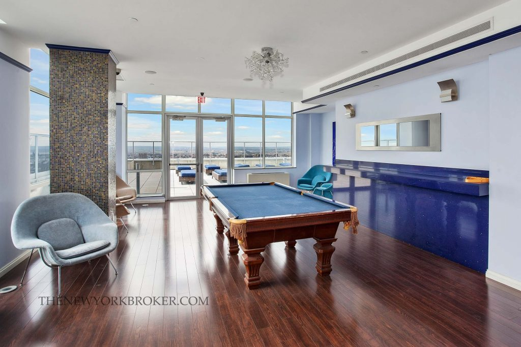635 West 42nd Street The Atelier Condo 825 000