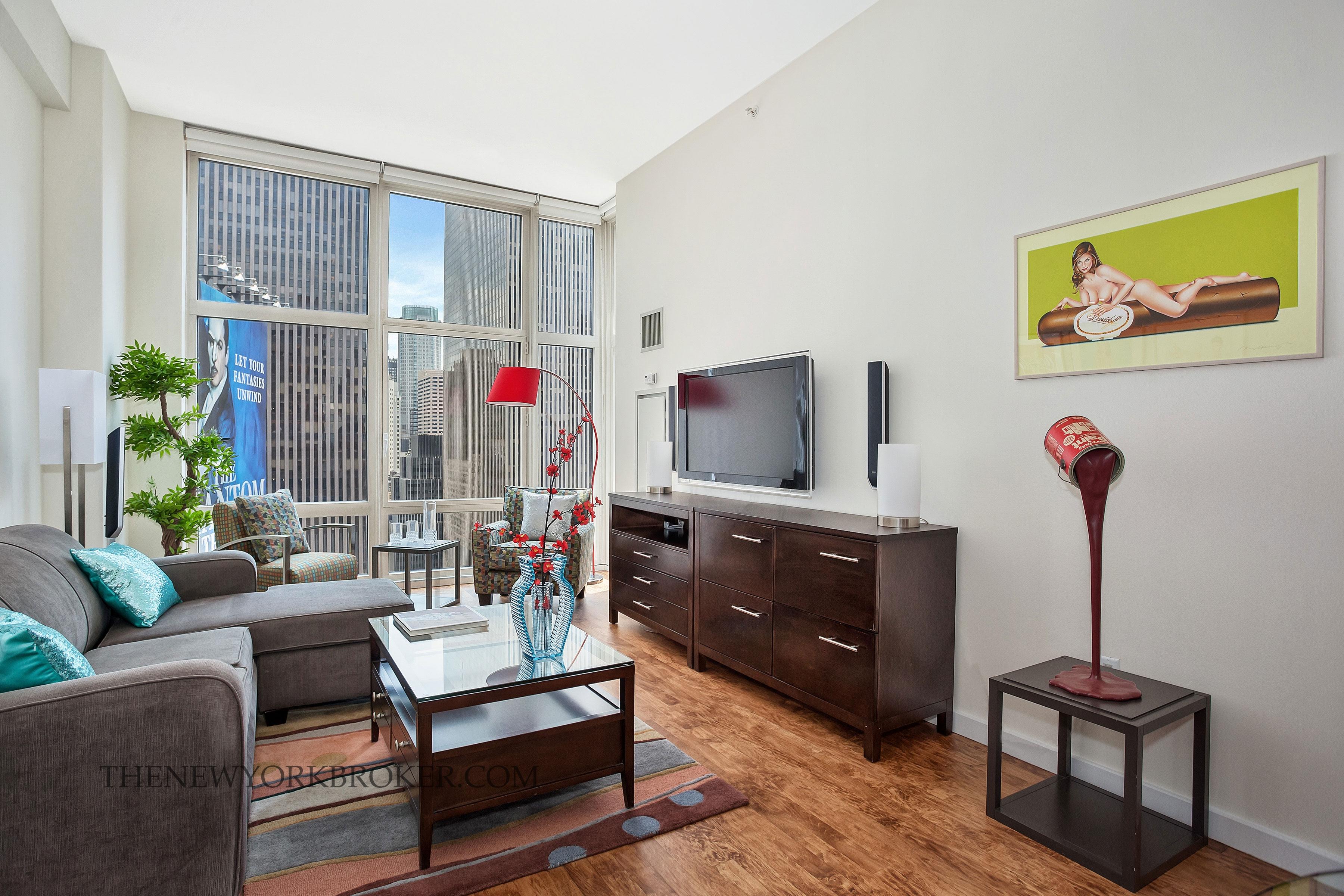 1600 Broadway Penthouse Censored